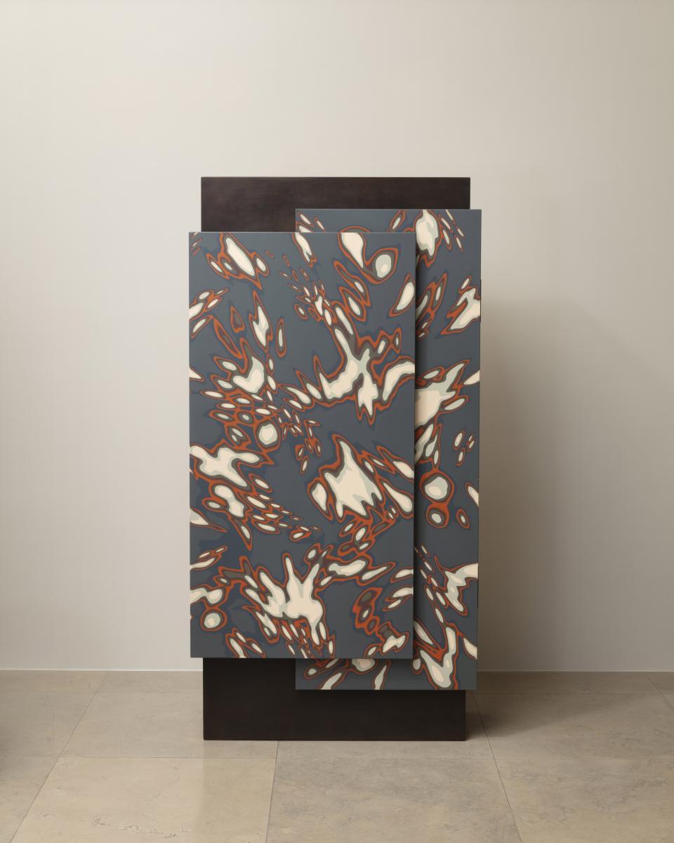 PAD London: Эрве Ван Дер Стратен. Шкаф Kimono 491.