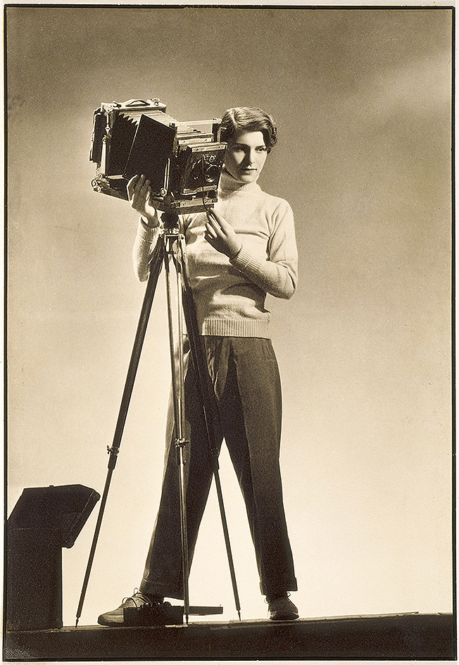 biography of the american photographer margaret bourke white