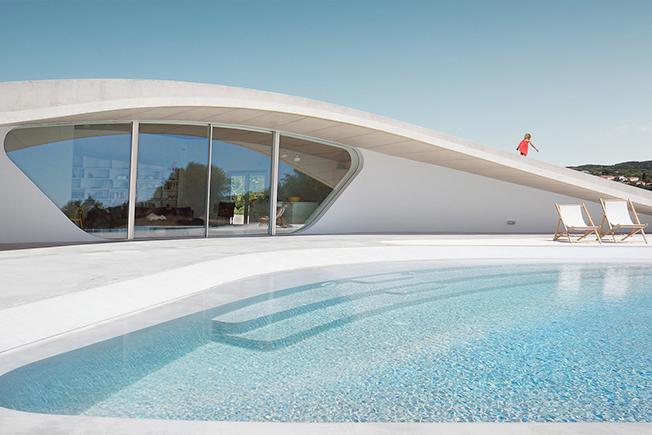 http://www.interior.ru/images/DESIGN_1/GL/SwimmingPools_10_.jpg